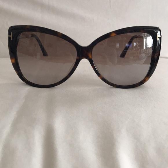 13df1482ac Tom Ford Reveka Sunglasses. M 5b513dce7c979dd8a12a4923